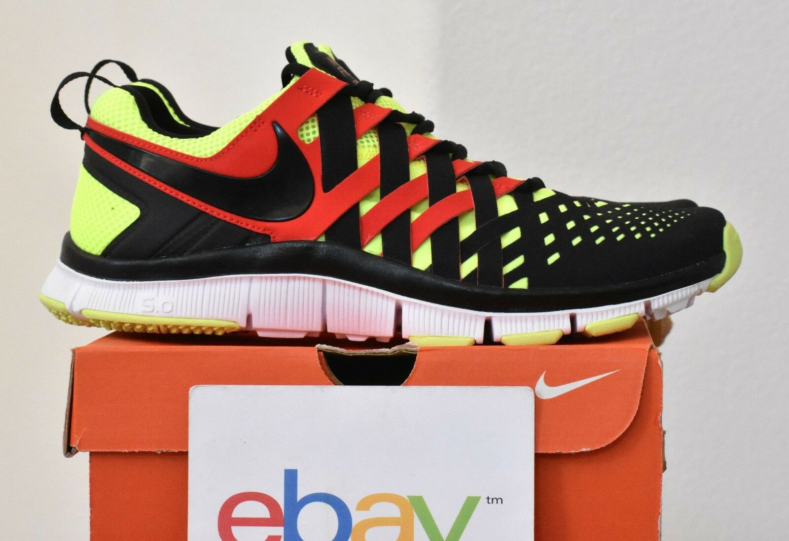New Mens Nike Free Trainer 5.0 V4 VOLT CRIMSON Sizes 10.5-12.5 black red 076 tr