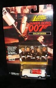 GOLDFINGER-JAMES-BOND-039-64-MUSTANG-JOHNNY-LIGHTNING-1995-RARE-BOND-JAMES-BOND