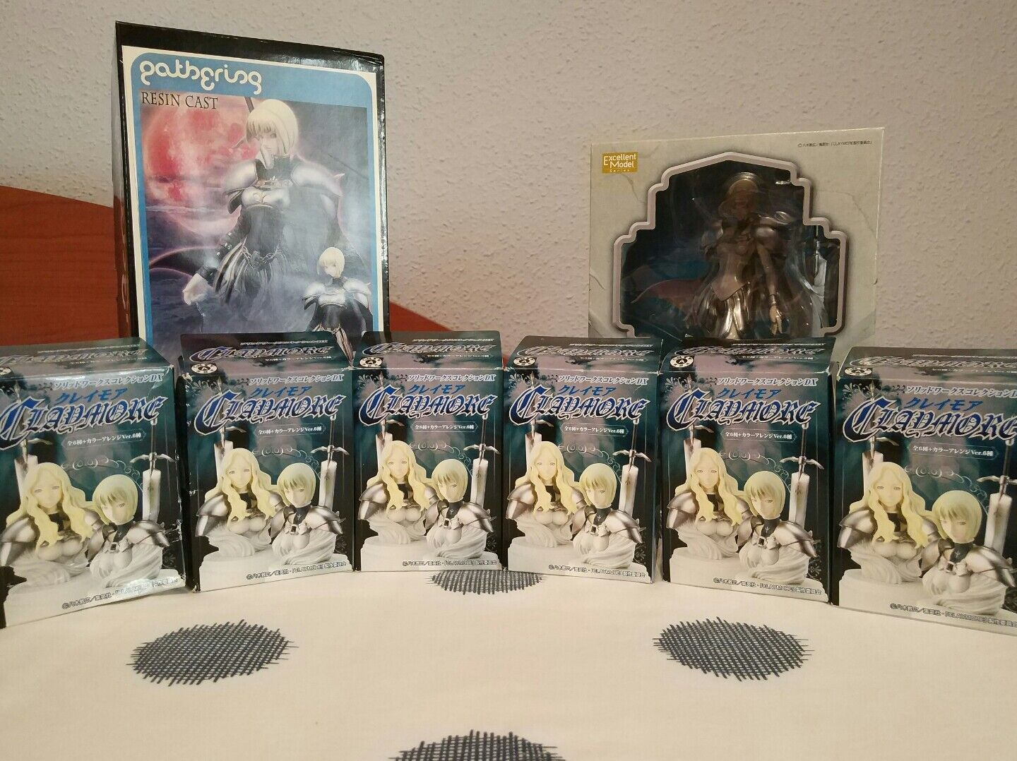 CLAYMORE CLARE MEGAHOUSE,GATHERING Y SOLID lavoroS DX GRAN LOTE