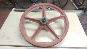 Old-School-039-79-Skyway-Tuff-I-rear-20-034-mag-wheel-Faded-Red-Bendix-coaster-BMX
