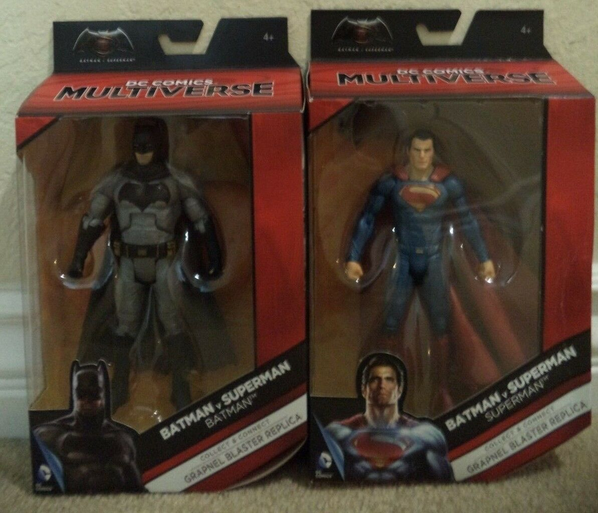 DC COMICS MULTIVERSE BATMAN & SUPERMAN GRAPNEL BLASTER NEW