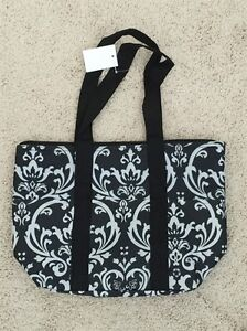 Women-039-s-Insulated-Black-amp-White-Damask-Tote-Bag