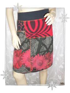A-Jupe-Fantaisie-Courte-Noire-Grise-Rouge-Fleurs-15F2715-Desigual-Taille-34