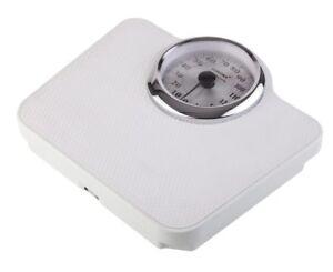 Sanitas Messung Gewicht Muskelanteil Knochenmasse Kalorienbedarf Körperfettanal