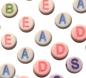 Lettera-Colorato-Rotondo-Perline-7mm-x-3-5mm-Foro-2mm-UK-Venditore
