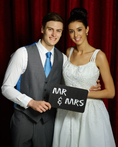 Mr and Mrs Printed Chalkboard 28cm