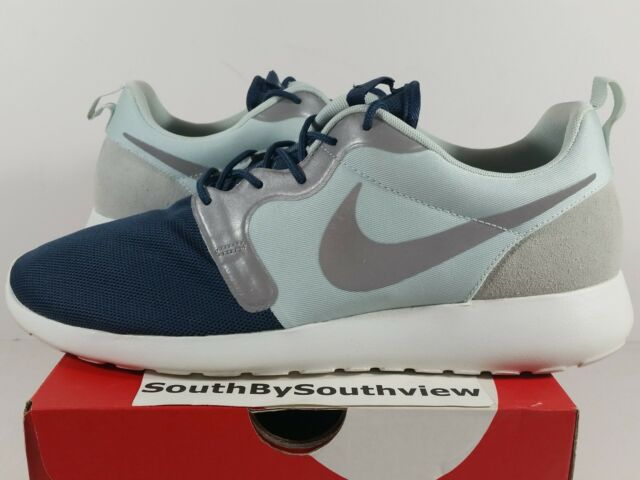 buy online 95a55 93c5e Frequently bought together. Nike Roshe Hyperfuse ...