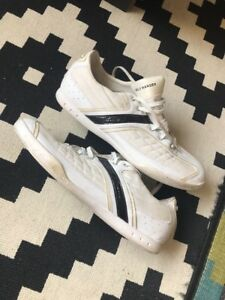 Size-10-5-Mens-Helly-Hansen-Trainers