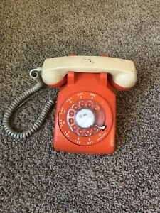 RARE-Vintage-Orange-Rotary-Mid-Century-Desk-Phone-Telephone-Northern-Telecom