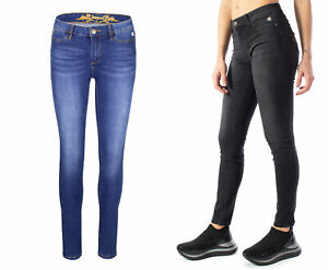 Desigual-Jeans-woman-Denim-Sky-19SWDD20