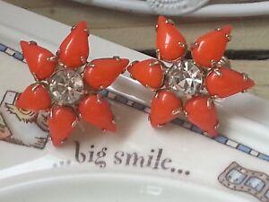 034-Weiss-034-Orange-Tearshape-Petals-Flower-Shape-Screw-Back-Earrings