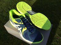 Asics Gel Hunter Squash Shoes . Size 9 Uk Brand