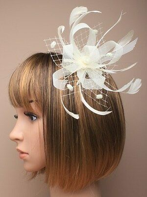 Flower Feather Comb Fascinator Ladies Day Royal Ascot Wedding Races
