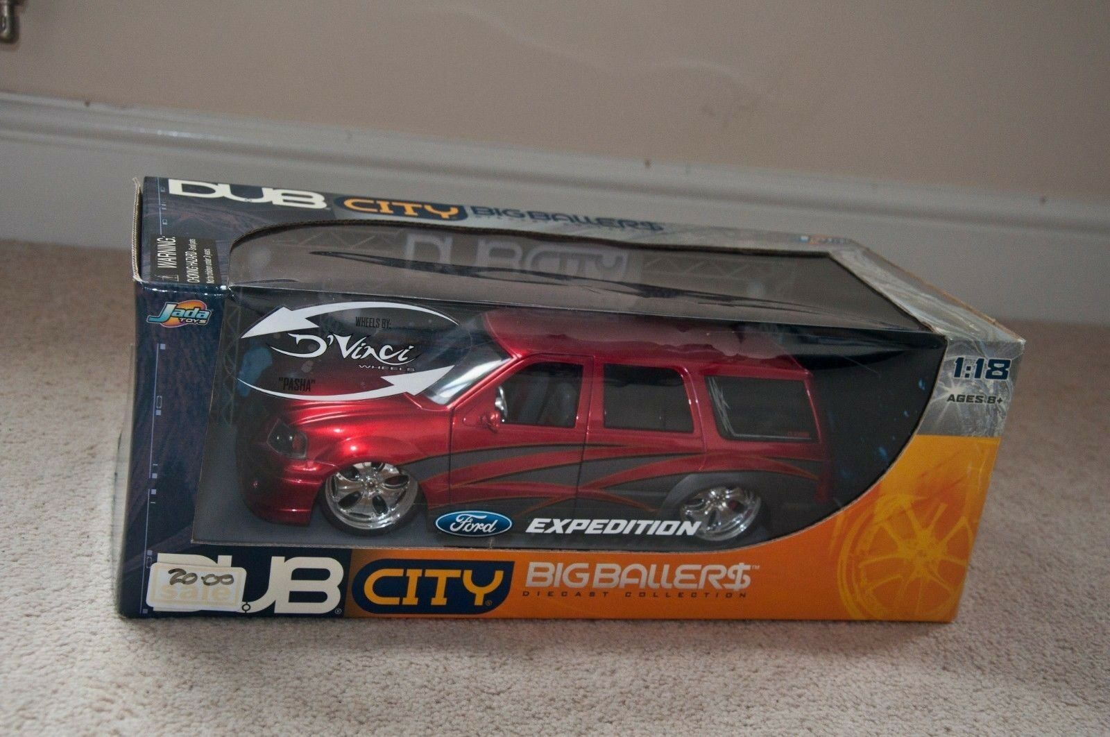 JADA DUB CITY Die-Cast Model Car 1 18 Scale - Ford - Expedition