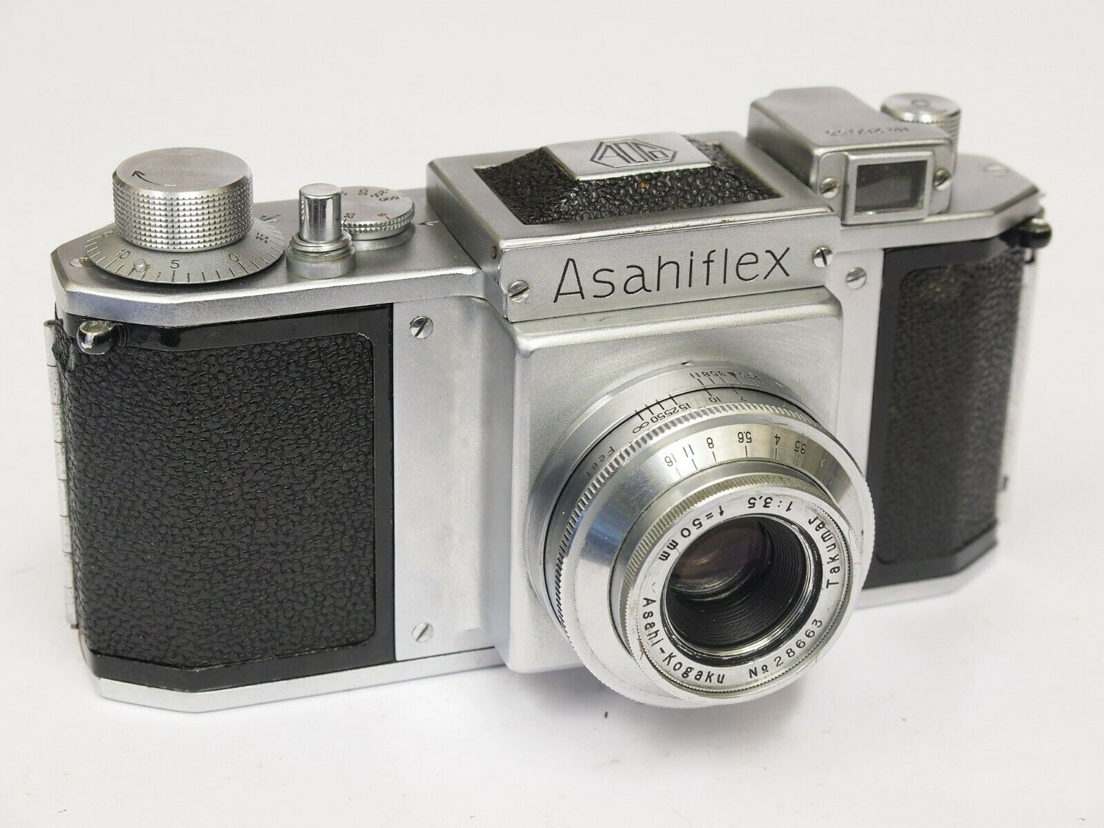 Pentax Asahiflex I Early Type, Rare only 4000 Made & 50mm F3.5. Stock No u10712