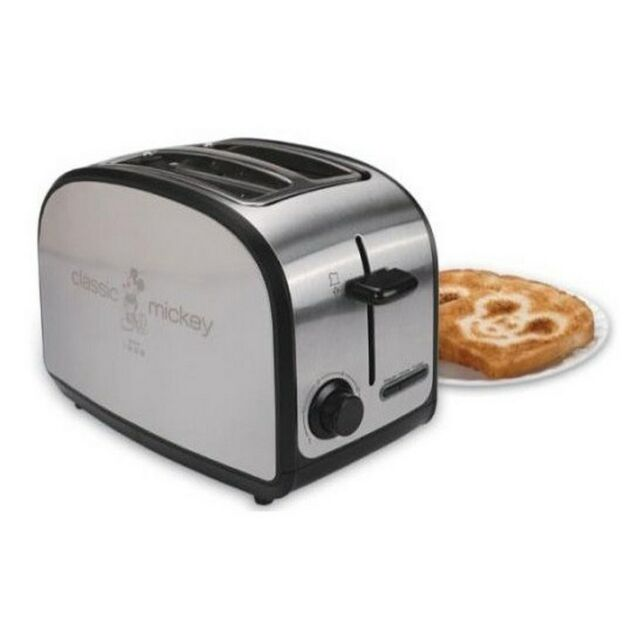 toaster designed Dualit's classic style with