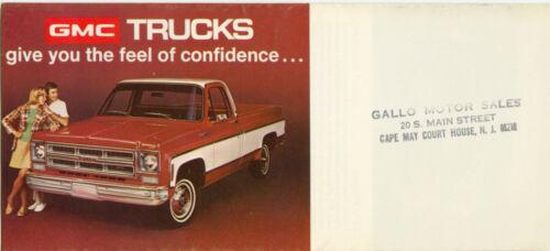 1975 GMC Pickup Truck Jimmy Sprint Astro Suburban Trucks Mini Sales Brochure