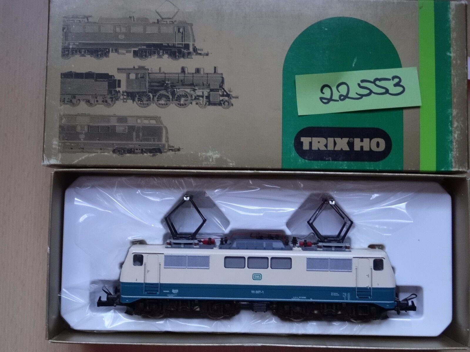 Trix HO International  Art  22553 E-Lok BR 111 007-1 der DB  top Zustand