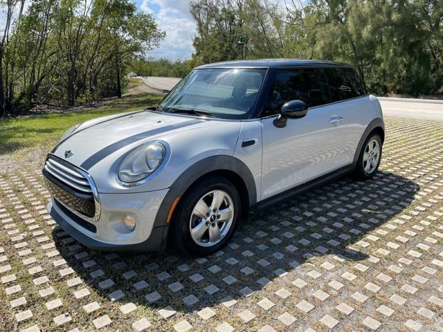 2015 Mini Cooper Free shipping Carfax certified No dealer fees