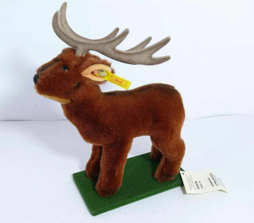 Steiff 045479 Cervi Deer con Bandiera e Bottone Piedistallo