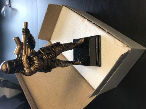 Paintball trofei Confezione da 32 Nuovo di Zecca