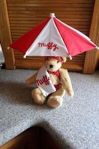 MUFFY Goes To The Beach & Umbrella
