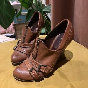 Details about ALEXANDER MCQUEEN Brown Leather Wedge Booties Shoes 37 UK 4