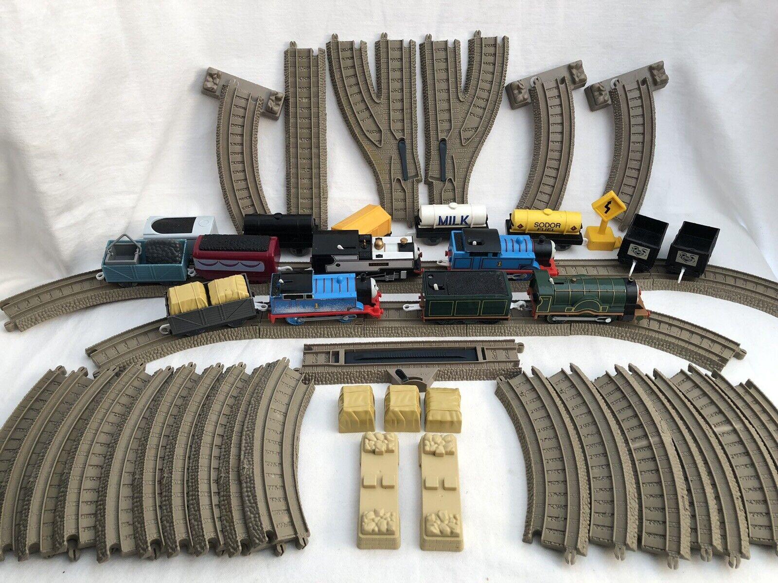 Thomas Trackmaster Train 62pc Lot Motorized Engines Frotdie Emily Snowy Thomas