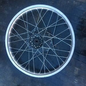 "yamaha XT 500 Front Wheel 21"" Crack Straight Used Oem Factory 1979 1980 XT500 TT"