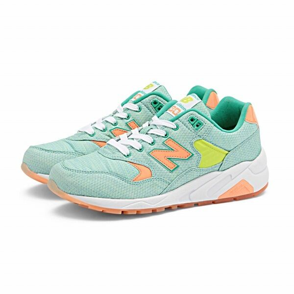 NEW BALANCE WOMEN Sneakers CLASSICS WRT580ST FASHION Lifestyles Sneakers WOMEN SORBET GREEN 3e5b70