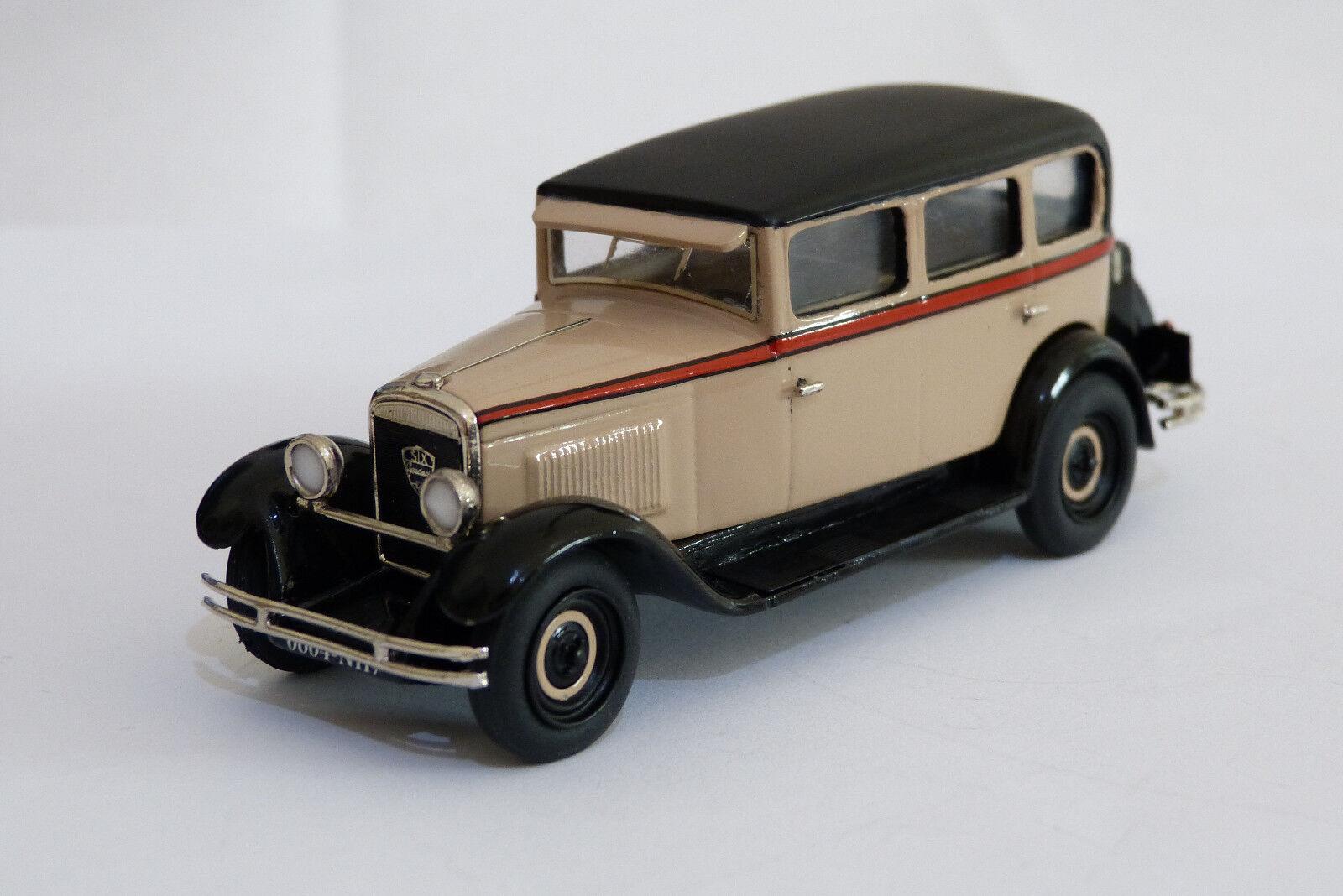 Miniature montée CCC   Peugeot 183,  le 12 six  limousine 1930 référence 210