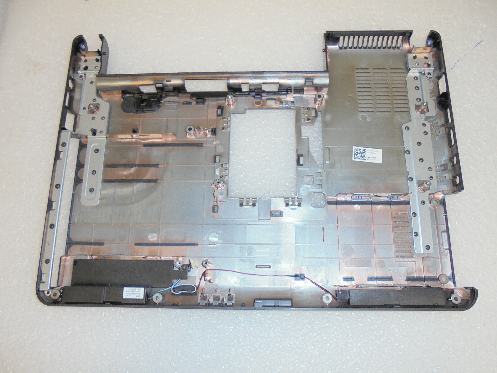 New Dell OEM Inspiron N4020 N4030 Laptop Base Bottom Cover Assembly 7408W