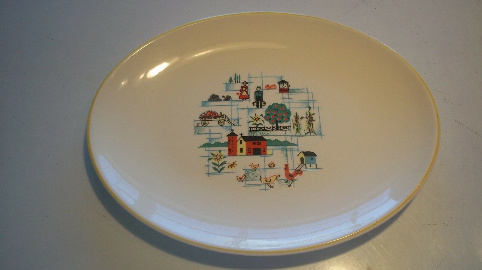Vintage Sunny Brook Farm 5129 Serving Plate Platter Farmer Wife Rooster Barn Hen