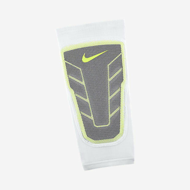 adbc78d717 Nike Pro Combat Hyperstrong Elite Basketball Shin Sleeve 613977 Was Small  for sale online | eBay