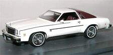 MATRIX Scale Models, 1974 Chevrolet Chevelle Malibu Landau Coupe, weiß, 1/43