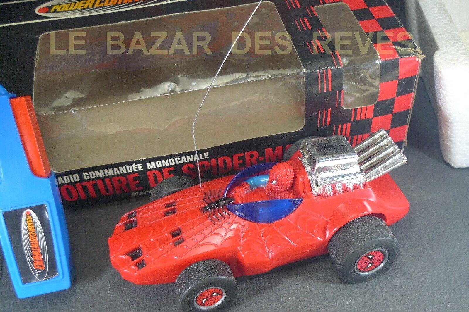 Marvel.1979.voiture de spider - man.+ bolte.(nl fonctionne pas)