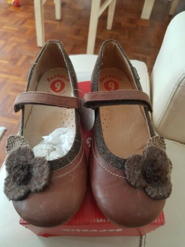 BNIB Size Eu 33 Uk 1.5-2 Brown Girls Shoes Lovely