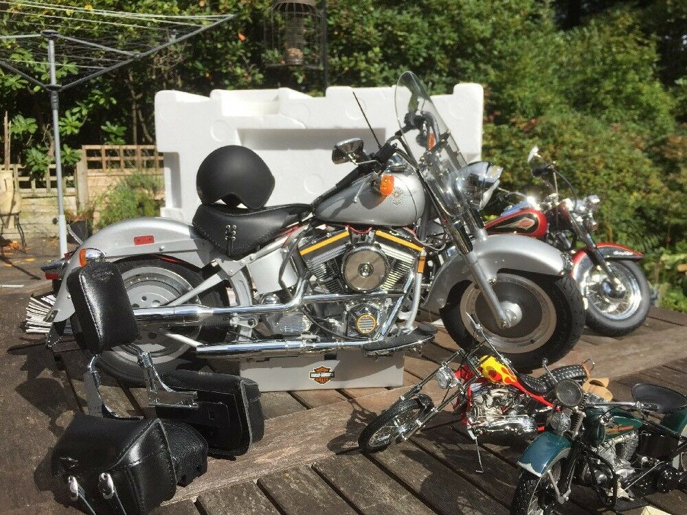 DeAgostini 1 4 Fat Boy Harley Davidson FLSTF Model