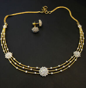 Symbol Of The Brand Pave 3.85 Carats Round Brilliant Cut Diamonds Necklace Earrings Set In 14k Gold Diamonds & Gemstones