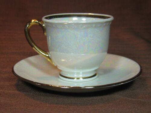 Homer Laughlin Eggshell Georgian Ivory Pearlized Demi Cup /& Saucer Gold Trim