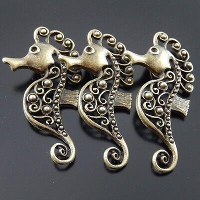 40pcs Antiqued Bronze Vintage Alloy Hollow King Crown Pendant Charms 05284