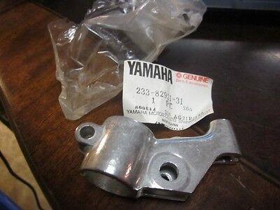 NOS Brake Lever Bracket With Bolt Yamaha YZ250 YZ400 MX125 TT500 233-82921-31