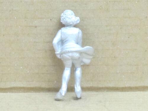 Omen Zinnfigur Nr M.Monroe Frau mit wehendem Rock unbemalt 1:43 13