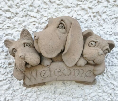 Carruth Studios Triple Dog Welcome Stone Garden Ornament Plaque Dog Lovers Gift