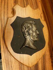 "Superb Antique metal plaque wood base-Lincoln 13 1/2"" ca. 1930 [Y7-W7-A8]"