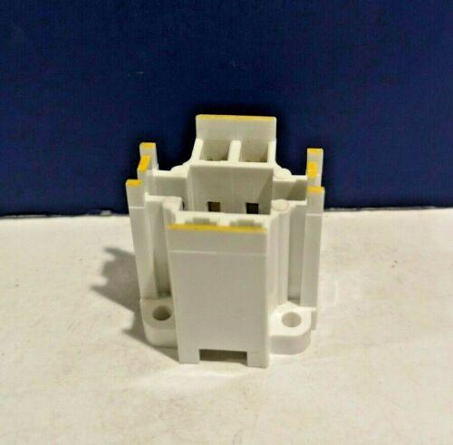 White Socket 75 Watt 600V Bulb D3990 CFL Socket GX24q-4 Base 42W 4-Pin NEW