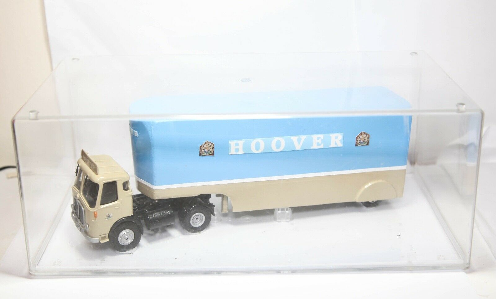 Code 3 Hoover AEC Mercury Articulated Lorry 3212MT - In Display Case Stunning
