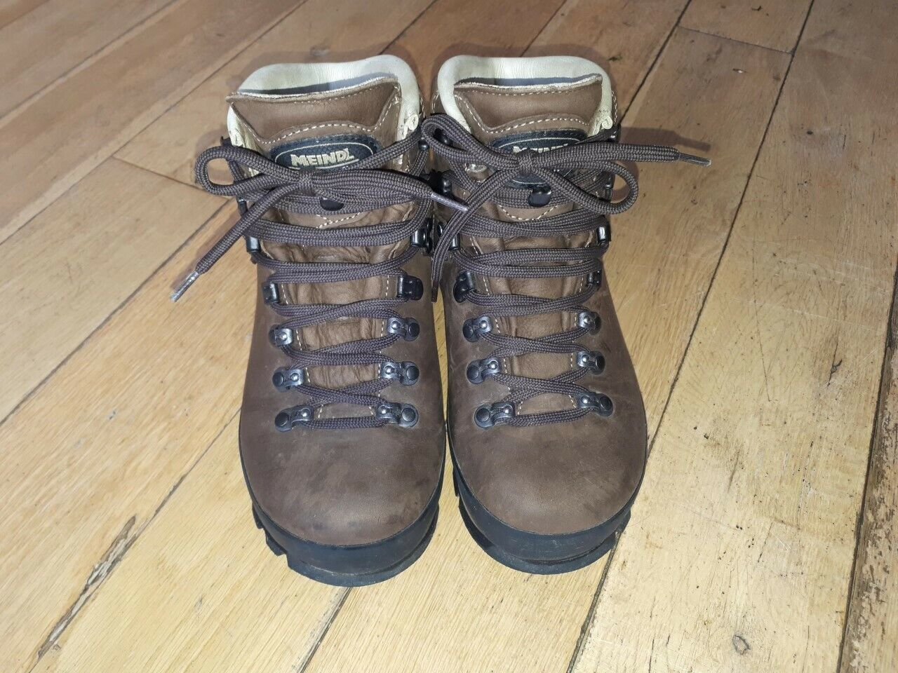 Meindl Bernina Lady 2 GTX Walking Boots,Comfort fit size 4, Worn Once.