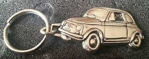 UnermüDlich Fiat 500 Schlüsselanhänger Keyring Silbern Relief Automobilia Maße Fahrzeug 43x27mm