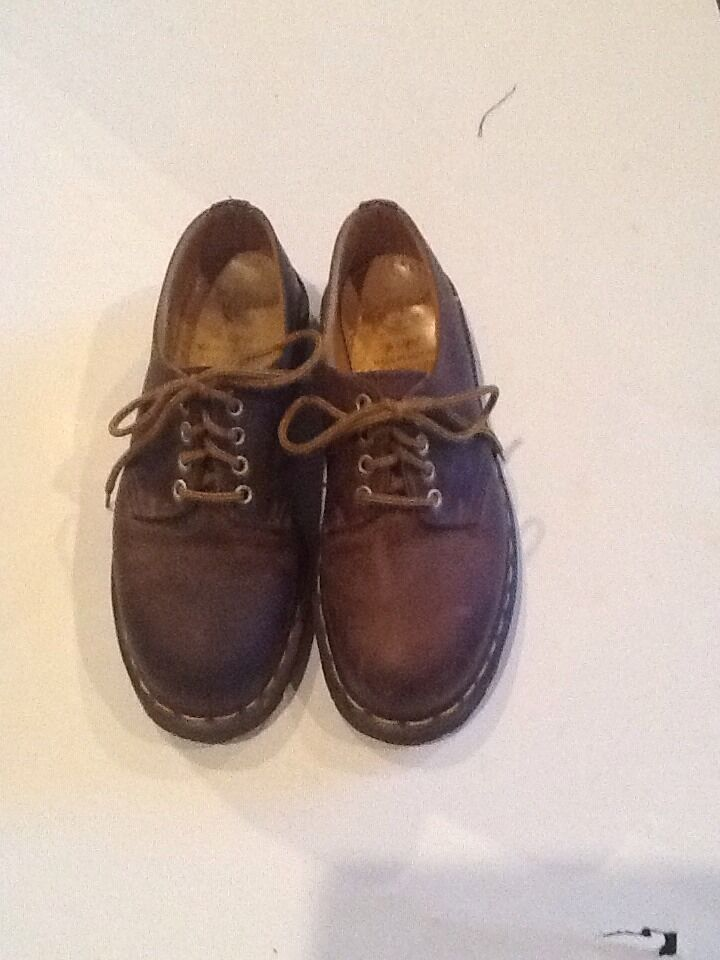 Dr. Martens Air Wair Original Men's Brown Shoes US 6 fast Free Shipping WOW